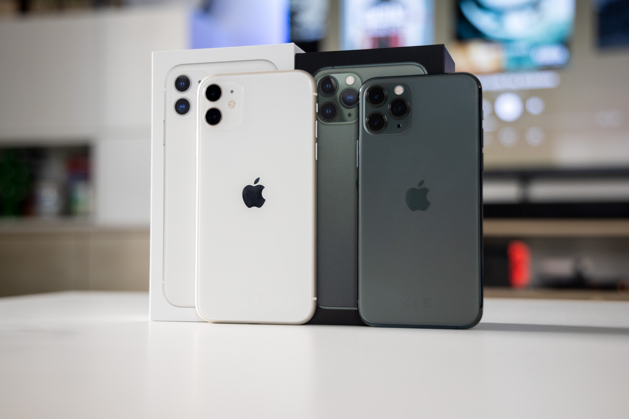 iphone-11-iphone-11-pro-iphone-11-pro-max-popsuty-ekran-wymiana-szklo-szybka-wyswietlacz-ile-kosztuje-cena